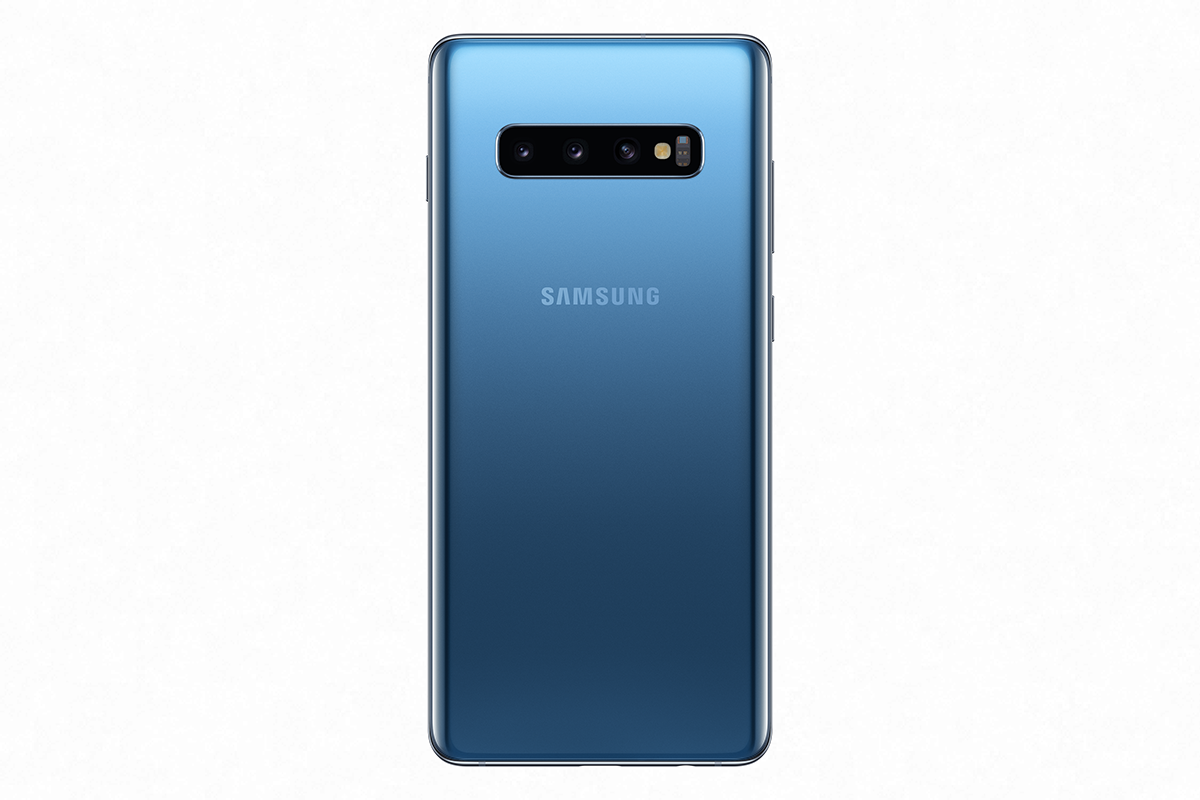 The brand new Prism Blue colour for the Samsung Galaxy S10 range is coming soon to O2