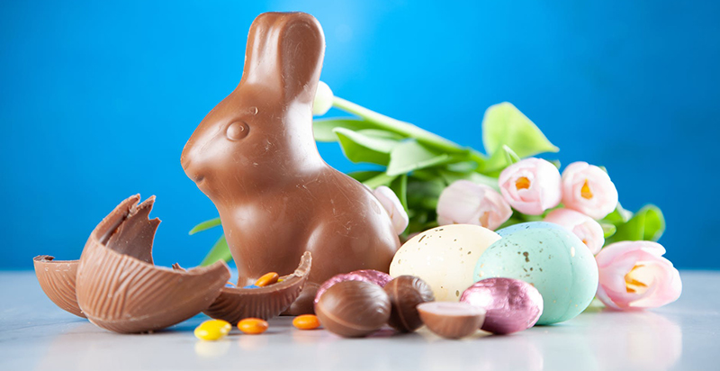 Chocolate bunny with Easter decorations