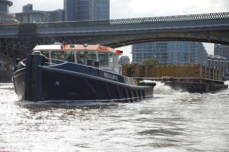 barge2.jpg